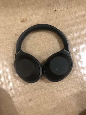 Sony WH 2 gen bluetooth headphones for Sale in Cranberry Township, PA