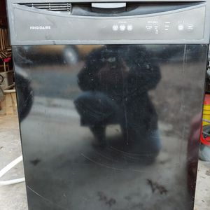 Frigidaire Dishwasher for Sale in Manassas, VA