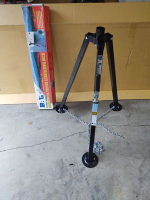 BAL 5th Wheel Trailer Gooseneck Tripod Stabilizing Jack $90 OBO for Sale in Bremerton, WA