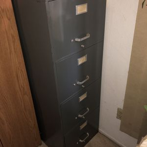 4 Drawer File Cabinet for Sale in Fontana, CA