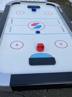Air Hockey Table Sportcraft Turbo Hockey for Sale in Brentwood,  NY