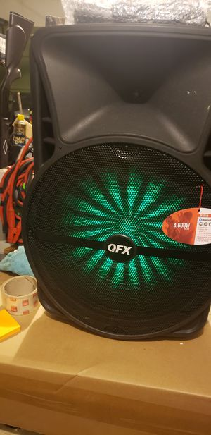 QDX BF 2018 Cordless LARGE Bluetooth wireless speaker WITH P.A, LED LIGHTS, FM RADIO, RECHARGEABLE. 15 inch subwoofer . A beast of sound system for Sale in Broomfield, CO