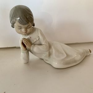 Girl Praying Figurine Nao By Lladro for Sale in Miami, FL