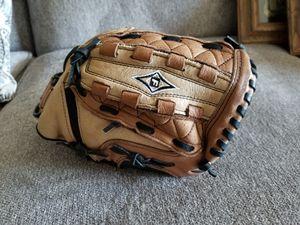 Baseball Glove for Sale in Marysville, WA