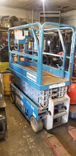 Forklift (scissorlift) for Sale in Clifton, NJ