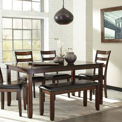 NEW, BROWN HIGH COUNTER DINING SET, 5 PC. for Sale in Santa Ana,  CA