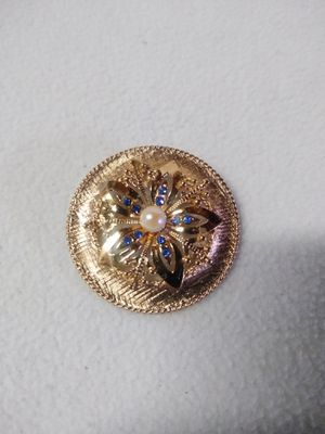 Vintage signed brooch for Sale in Murrieta, CA