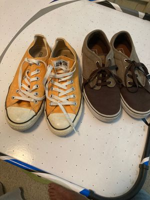 Lot of 2 pairs size 6 Converse and vans shoes good used condition for Sale in Las Vegas, NV