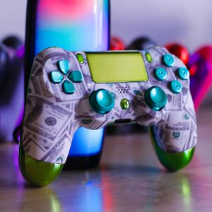 Rubberband Man - DUAL SHOCK 4 - Wireless Bluetooth Custom PlayStation Controller - PS4/ PS3 / PC for Sale in Riverside, CA