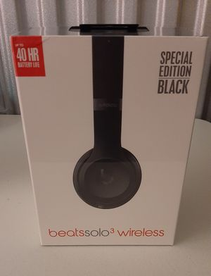 Beats solo 3 wireless headphones- black for Sale in Poughkeepsie, NY