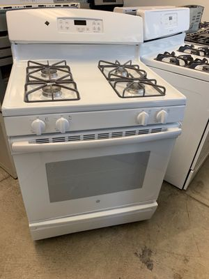 San Carlos appliances. Sale& services. Used, gas stove,GE brand, white color, seal burners, electronic ignition, self clean oven , great condition for Sale in San Jose, CA