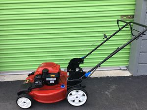 Toro Gas Lawn Mower for Sale in North Las Vegas, NV