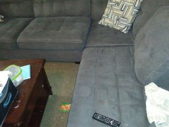 Good Sectional Couch for Sale in Everett,  WA