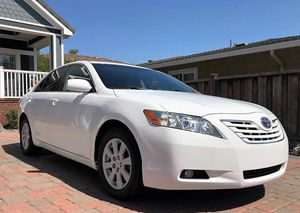 Great Price$1OOO Toyota Camry XLE2OO8 for Sale in Glendale, CA
