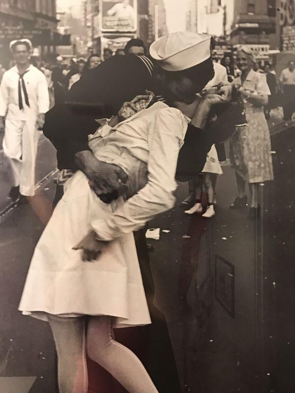 """$10 - FRAMED Large Poster of """"Wars End Kiss"""""""