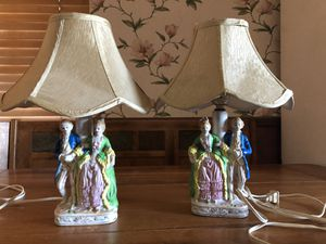 Vintage French Provincial Figurine Table Lamps for Sale in Chico, CA