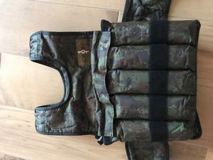 40 lbs camo weight vest for Sale in Sanford, FL