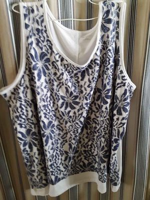 WOMENS Size 4X, 30/32W, Catherines brand, USED, meet at huddle house/exxon at 2426 e Lamar Alexander parkway Maryville for Sale in Maryville, TN