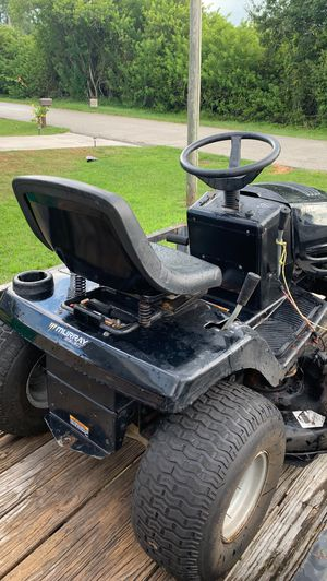 Mower for Sale in Englewood, FL