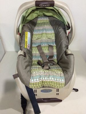 Graco car seat for Sale in Fairview Park, OH