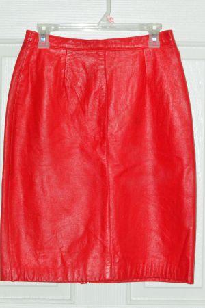 Red Leather Skirt Medium for Sale in Las Vegas, NV