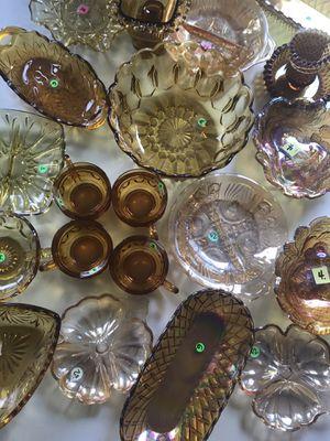 Collectibles Vintage glassware for Sale in Warren, MI
