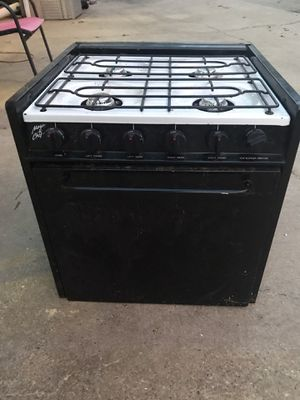 Camper propane stove Good condition. $150 for Sale in Laurel, MS