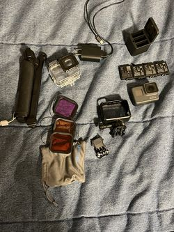 GoPro Hero 5 Black With Extras! for Sale in Lynnwood,  WA