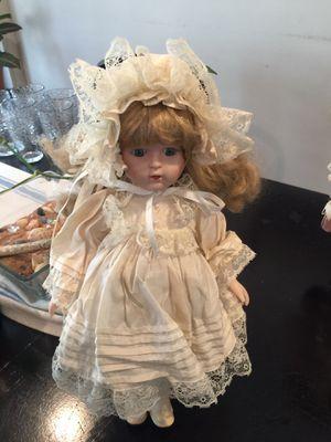 Antique doll for Sale in Hamilton Township, NJ