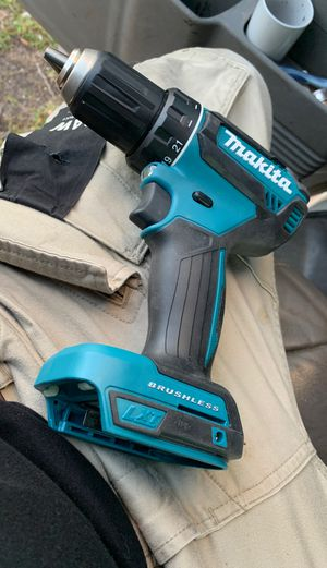 Makitta compact brushless hammer drill for Sale in Miami, FL