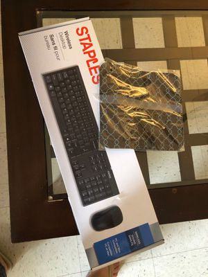 Brand new wireless Key board and mouse ! for Sale in Boston, MA