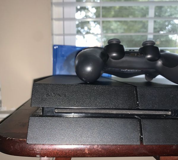 PS4 for sale with 7 games! NO PAYPAL