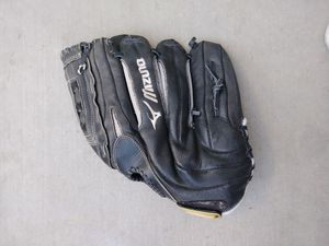 Mizuno Lefties Baseball Glove 13 In for Sale in Palmdale, CA