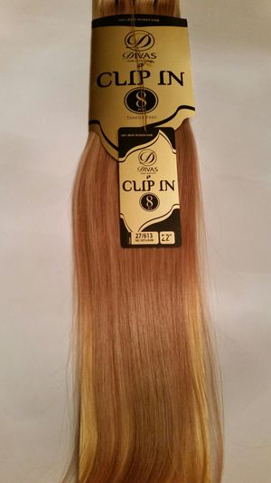 """22"""" Remy strawberry honey /blonde 100 % human hair extensions for Sale in Downey, CA"""