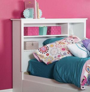 "Twin Bookcase Headboard, 39"" White A3-63 for Sale in St. Louis, MO"