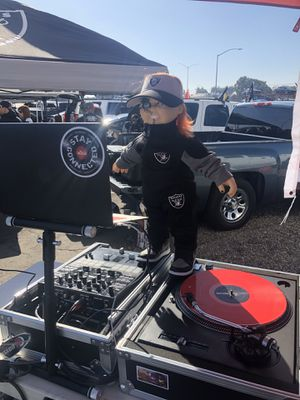 ISO of raiders tickets for Sale in Stockton, CA