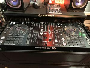 Pioneer ddj-rx2 Dj controller on sale today message us for the best deals in LA today for Sale in Los Angeles, CA