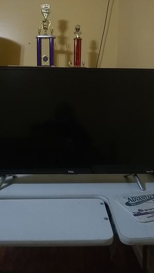 32inch TCL Roku smart TV for Sale in Germantown, MD