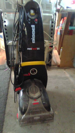 Bissell pro heat 2x with built in heater for Sale in Las Vegas, NV