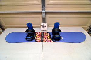Burton Motion 146cm snowboard with adjustable Burton Progression bindings for Sale in Torrance, CA