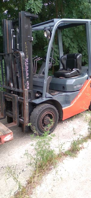 Toyota forklift for Sale in Morris, IL