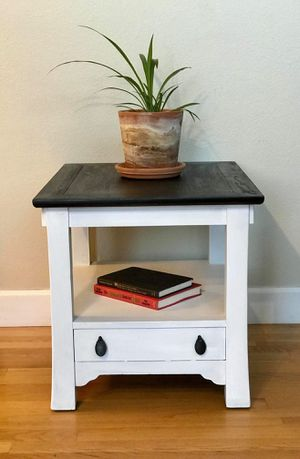 End table for Sale in Colorado Springs, CO