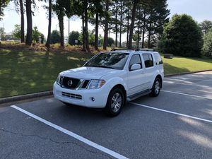 2012 Nissan Pathfinder Silver Edition for Sale in Norcross, GA