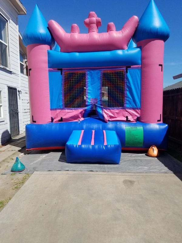 Bounce house with blower