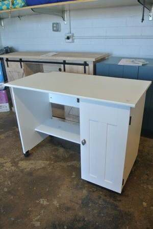 Sauder Portable Sewing & Craft Table / Office Desk in White for Sale in Mesa, AZ