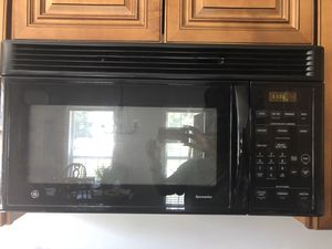 GE Microwave - Price reduced for Sale in Clarksville, TN