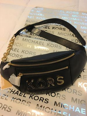 New Authentic Michael Kors Waist Bag Fanny Pack for Sale in Lakewood, CA