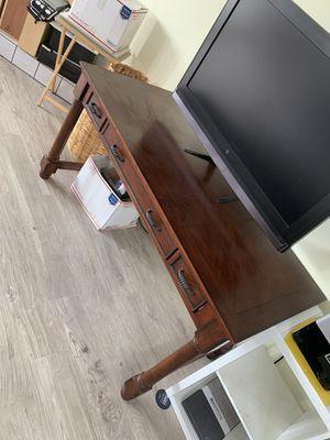 Computer desk for Sale in El Cajon, CA