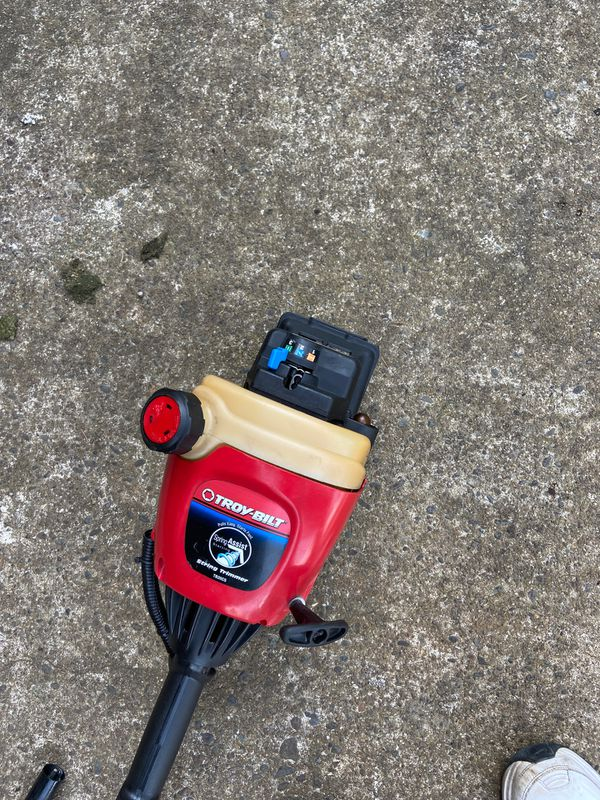 String trimmer combination unit