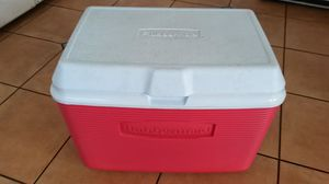 Rubbermaid Cooler for Sale in Los Angeles, CA